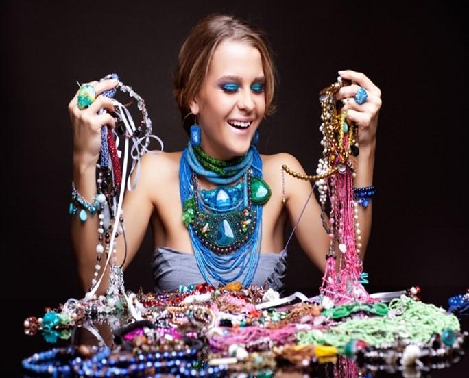 όμορφα κοσμήματα