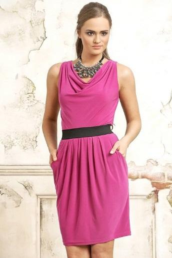 bijuterii pentru o rochie în roz