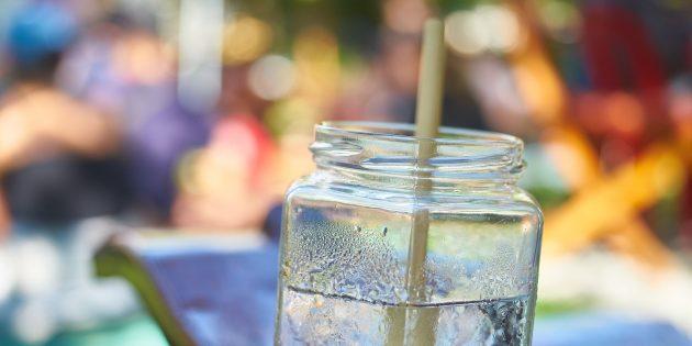 apă potabilă împotriva umpluturii