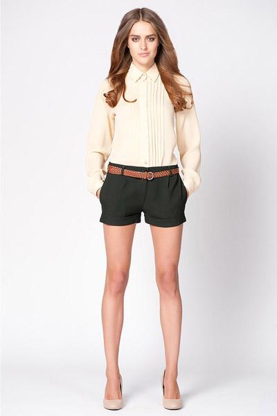 pantaloni scurți moderni